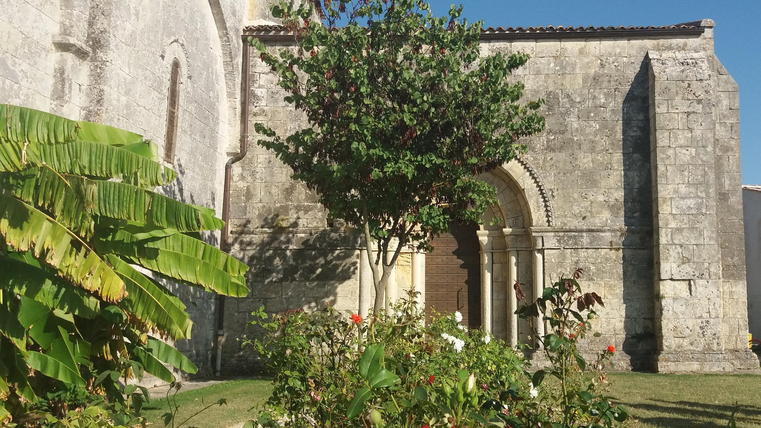 Transept, Rioux