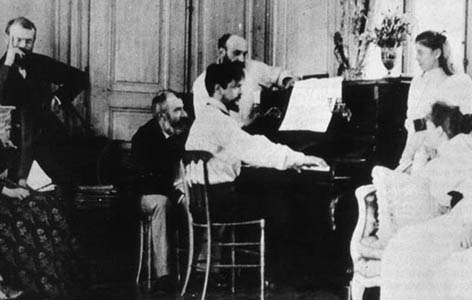 Debussy_at_piano