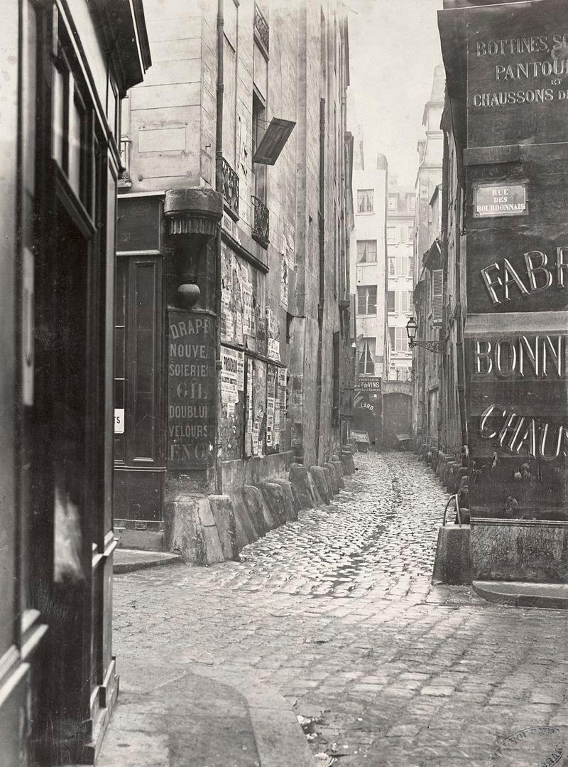 Impasse des Bourdonnais vers 1853, vue depuis la rue de la Limace (cliché de Charles Marville)