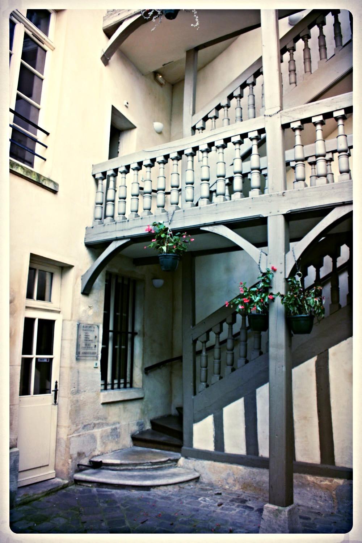 Escalier extérieur de la maison