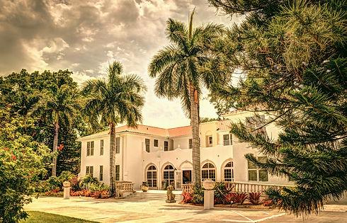 Shangri-_La_Hotel%2C_Bonita_Springs%2C_F