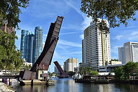 800px-New_River_(Fort_Lauderdale,_Florid