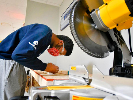 YouthBuild McLean County Creatively Maintains Hands-on Learning