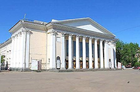 kirovskiy-dramteatr.jpg