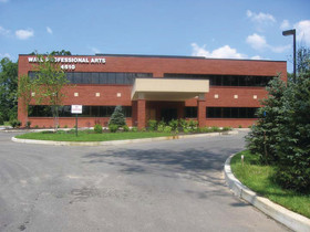 Sheldon Gross Realty brokers Wall Township office location lease to Trademark Management