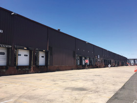 DiPinto of the Blau & Berg Company arranges lease of 138,000 sf industrial property in Elizabeth