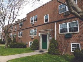 Marcus & Millichap arranges the sale of  a 75-unit apartment building for $4.715m