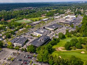Cushman & Wakefield orchestrates Vernon Hills Shopping Center acquisition totaling $125 million