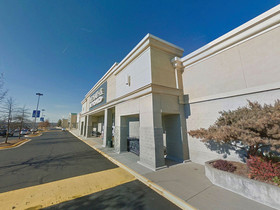 Joseph Farina and Gerald Divaris of DRE's DC office negotiates renewal in Manassas' Parkridge