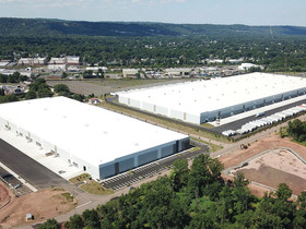 Fujitsu General America leases 155,000 s/f at Rockefeller Group Logistics Center