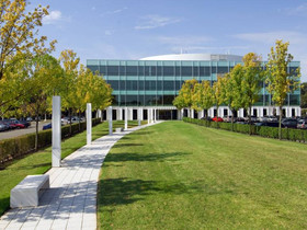 Meridian arranges $24 million in financing for the acquisition of the Broadacres Office Park