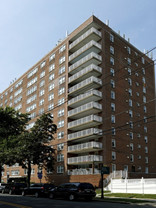 Elizabeth's Imperial House Apartments sells for $21.3M in trade orchestrated by Gebroe-Hammer