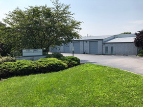 Bode and Hodge of ROCK Commercial Real Estate broker 3,570 s/f lease in York