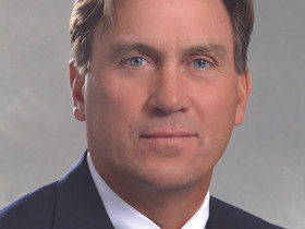 CBRE promotes Famous to senior managing director
