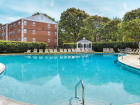 Holliday Fenoglio Fowler, L.P. announces sale of and financing for 2-property apartment portfolio in