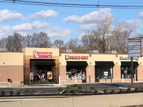 Vantage Real Estate Services secures long-term lease for Wine Lounge in Maple Shade, NJ