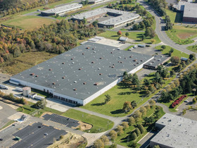 JLL & The Blau & Berg Co. ink 369,000 s/f lease at 83 Stults Road in Dayton, NJ