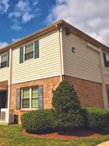 HFF closes the sale of apartment and townhome community in West Chester, PA