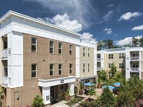 Gebroe-Hammer arranges sale of Woodmont Square in Bridgewater, NJ