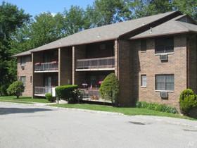Northwest New Jersey garden-apartment complex garners $17.9M in sale arranged by Gebroe-Hammer