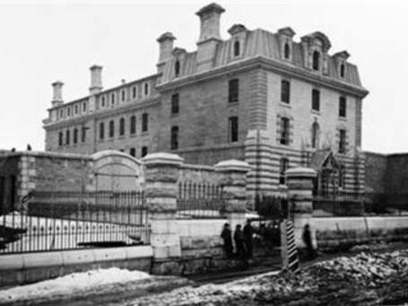 Season 2: Episode 16 - Ottawa Jail Hostel