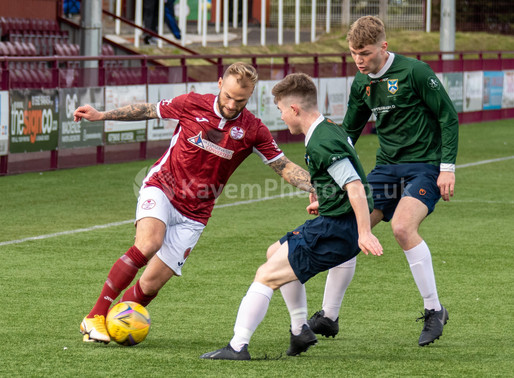 Kelty Kick-Off Title Defence In Style