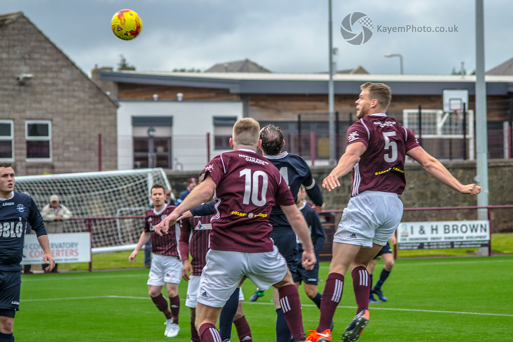 O'Neil rises to head home number seven