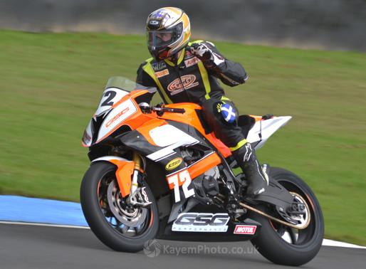 Gilfillan 1-2 in Superbikes