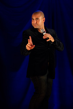 Joe Avati - Entertainer
