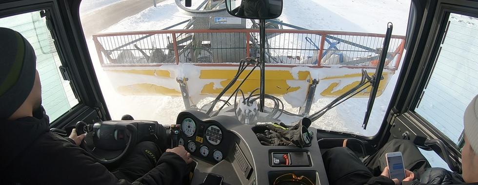 Kørsel med motoren til tinupattak liften