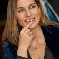 Chryssa Avrami, Host.jpg
