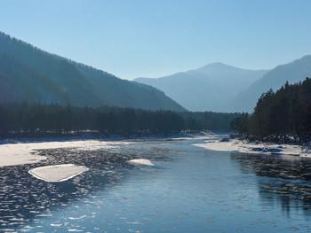 Зимой на Алтае. Солнце