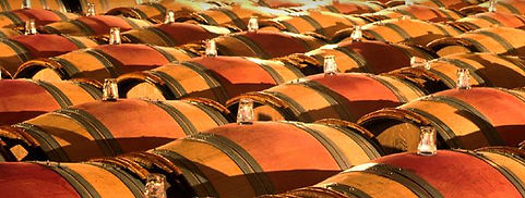 Chaque année nous vous proposons une sélection En Primeurs de Grands Crus Classés, second vins, Cru Bourgeois.  Grâce à nos allocations avec les plus grands châteaux depuis plus de 30 ans, nous vous faisons bénéficier d'un grand choix des meilleurs crus.