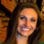 Lindsey headshot.jpg