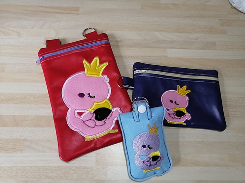 ITH Flamingo Sitting Zip Pouch