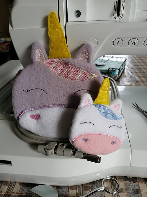 ITH Unicorn Face Zip Bag 5x7