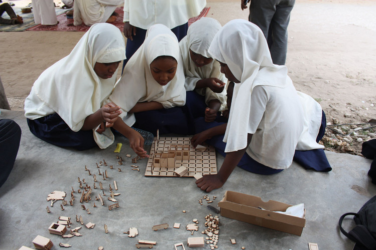 playing the game with young female students