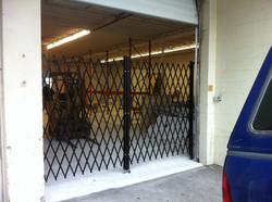 bay-door-expanding-gate.jpg