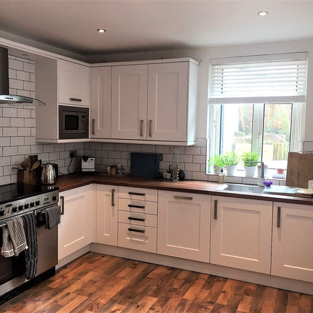 Replacement Kitchen Doors in Lancaster. Porcelain White Contemporary Shaker.