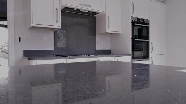 Grey Mirror Quartz Worktop in Heysham
