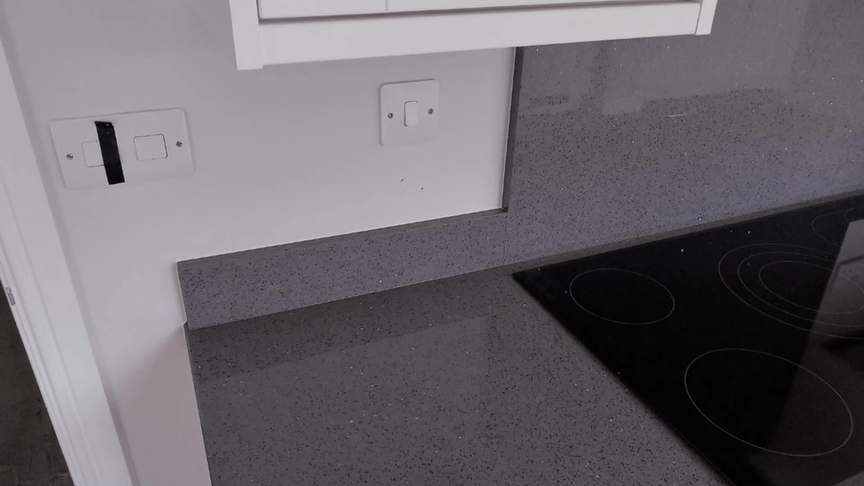 Chicstone Grey Mirror Quartz Worktop