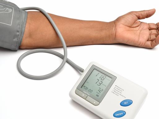 Inteligência artificial consegue reduzir a pressão arterial de hipertensos; entenda