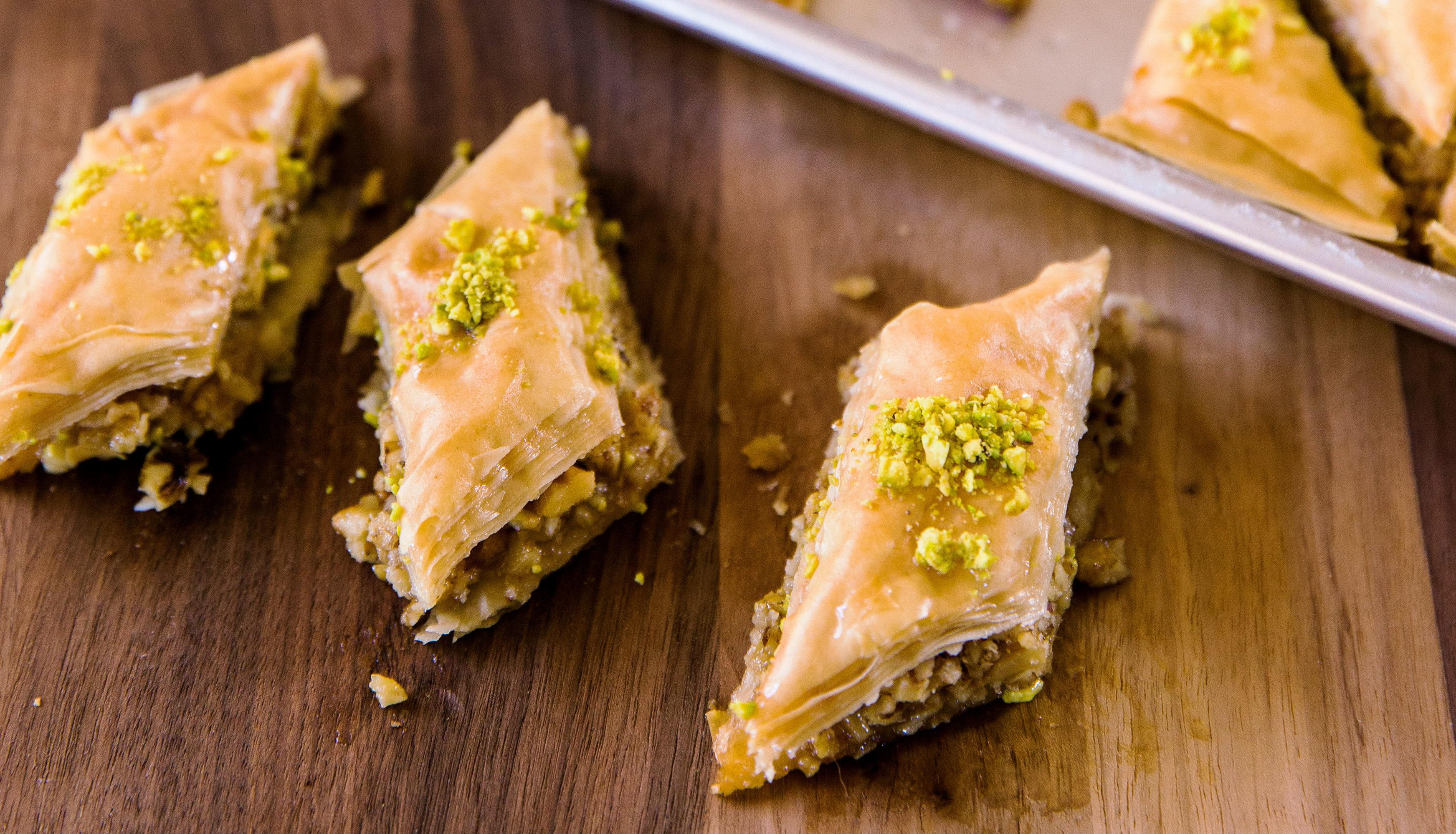 Helwe Lebanese Sweets