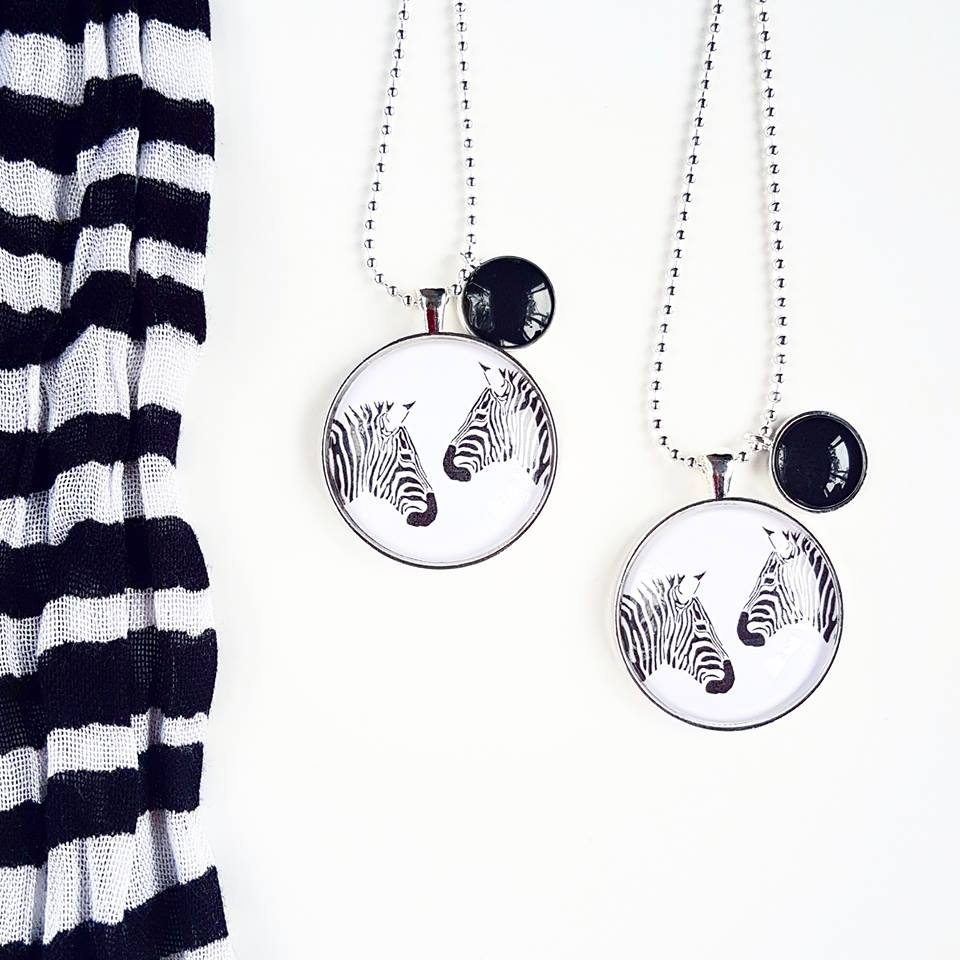 Lovelee Designs