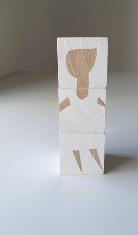 קוביות עץ לבנות   White wooden blocks