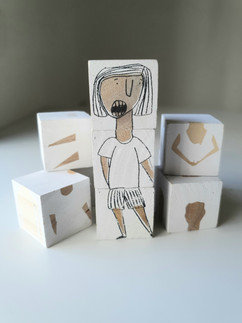 Wooden Cubes  |  קוביות עץ מאויירות