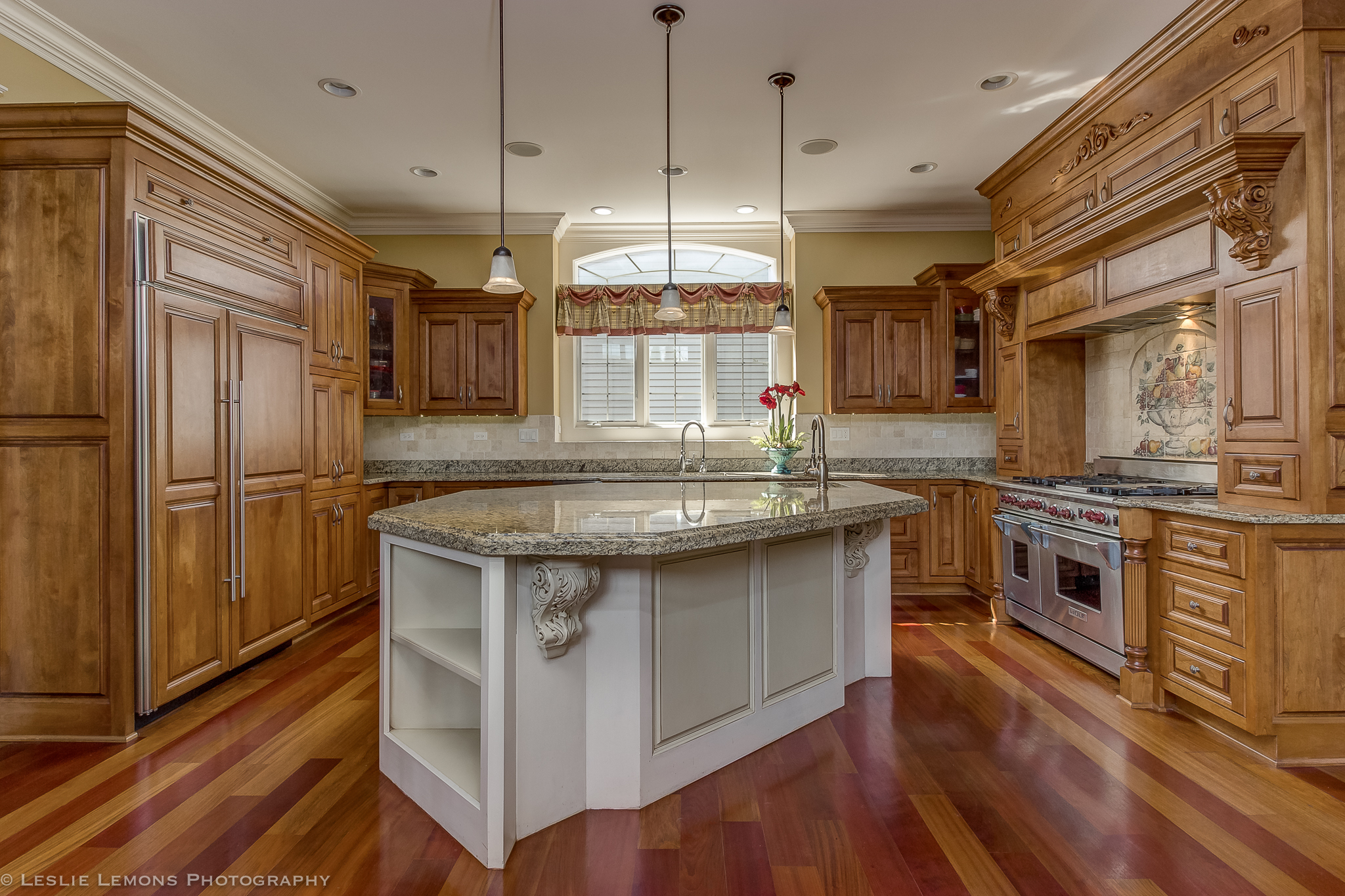 Real Estate Photo Kitchen