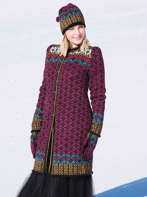 Hillesvåg, Fridas franske jakke -  lang, utskrådd jakke med mønster