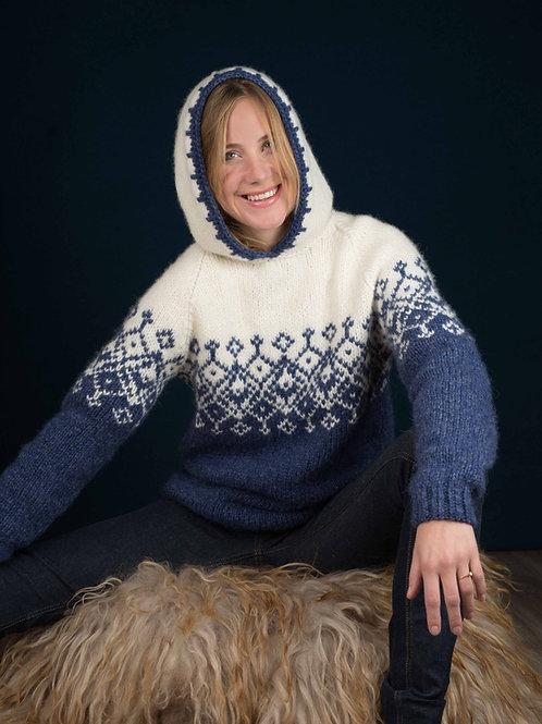 BETTY - genser med hette og raglanfelling