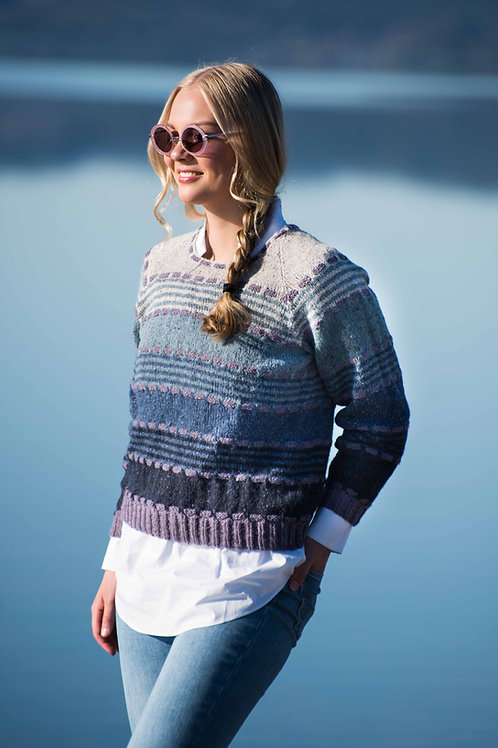 SENJA - sweater with stripes